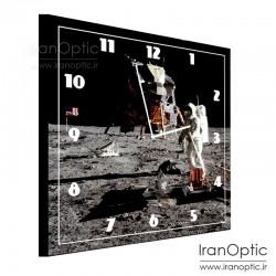 ساعت دیواری طرح فضانورد 1 - Spacde Moon 1